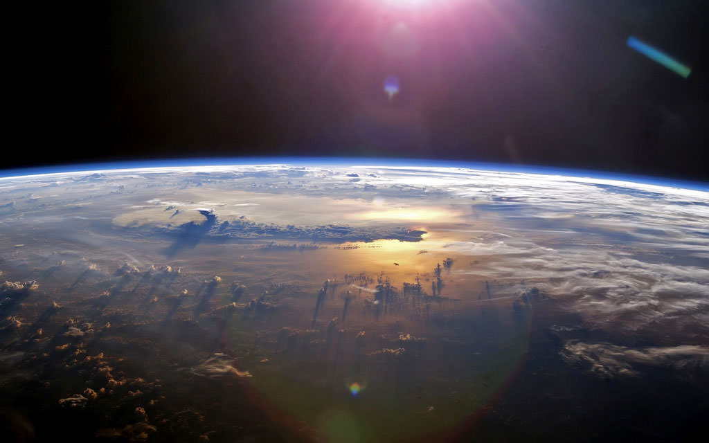 7 amazing pictures of planet earth from outer space for From outer space